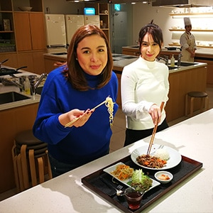 WATCH: Marjorie And Julia Barretto Experience The Food Of Gangwon-do, South Korea