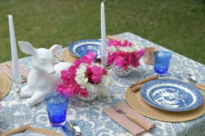 Make Mom Feel Like A Queen With This Tablescape