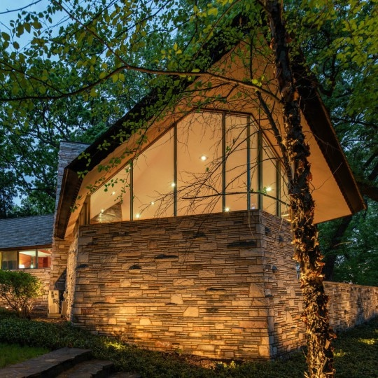 A Frank Lloyd Wright Masterpiece Is Up For Sale—Here's How You Can Make It Your Home!