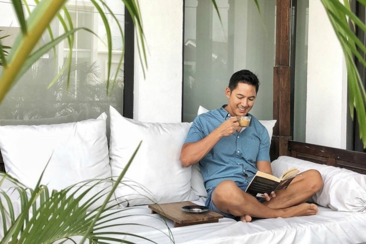"""WATCH: Marc Nelson Takes Us To His """"Perfect Little Piece of Paradise"""""""