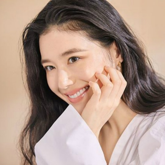 "10 Fun Facts About ""The King: Eternal Monarch"" Actress Jung Eun-Chae"