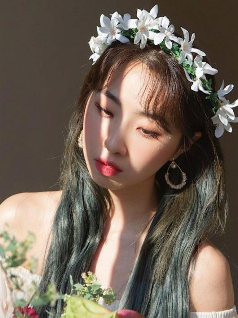 EXCLUSIVE: MINZY On K-Pop World Domination, Her Dream Filipino Collab, And Her Fashion & Beauty Staples