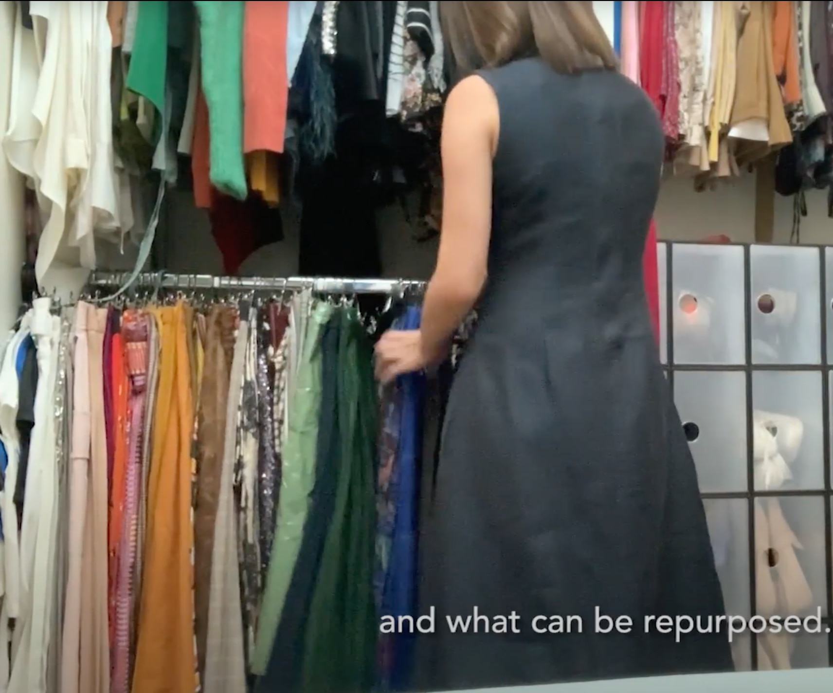 [WATCH] Do Yourself A Favor And Finally Organize That Closet Now, Here's How to Start