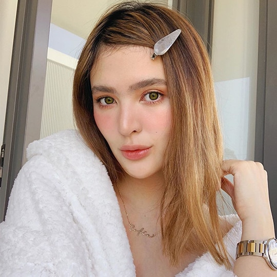 #MetroBeautyWatch: All The Times Glowing Mom Sofia Andres Nailed The Drunk Blush Look