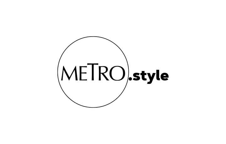 #AtHomeWithMetro: Make Your Own 'Metro' DIY Face Mask From A Bandana, T-Shirt, And Jeans