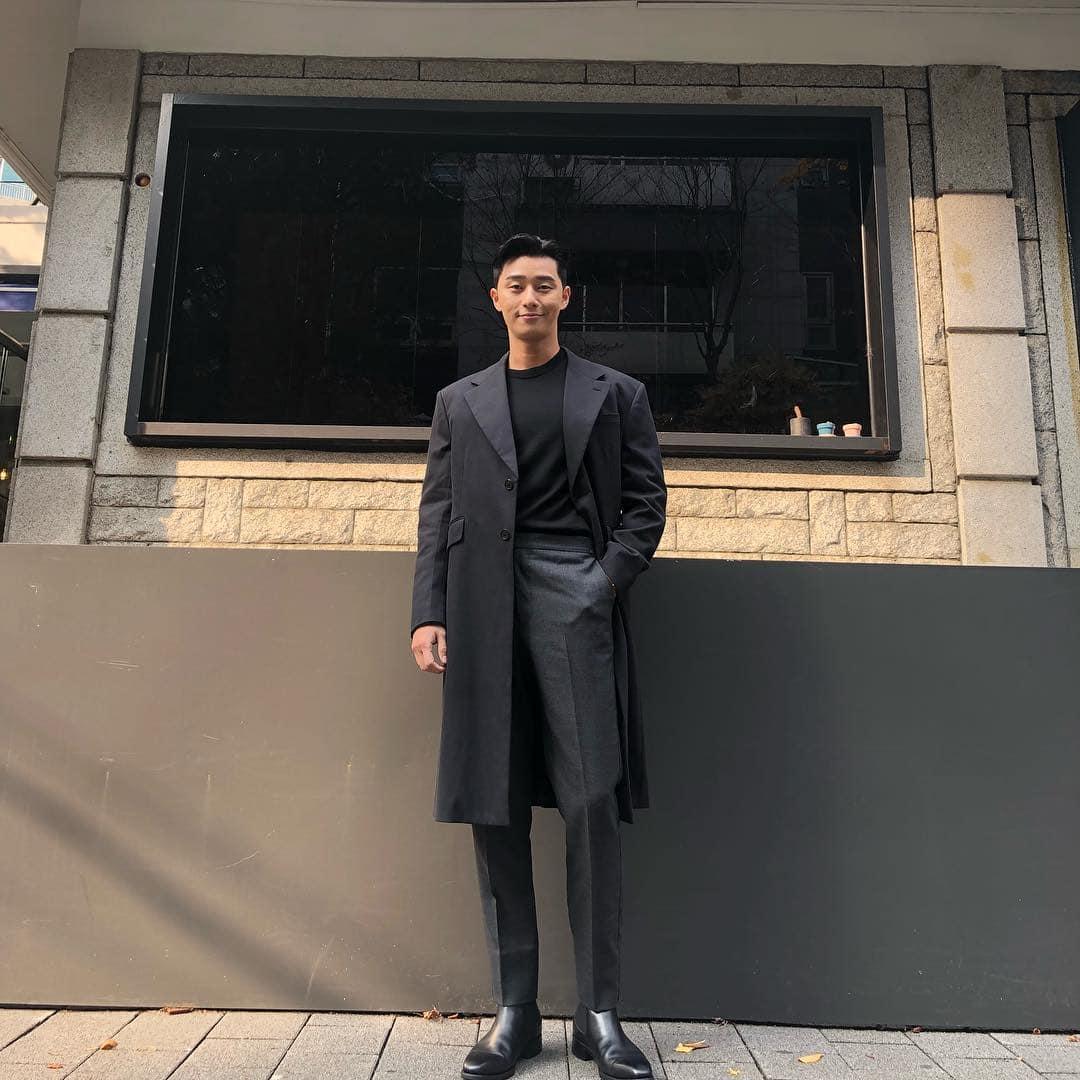 Park Seo-Joon in a sleek black ensemble