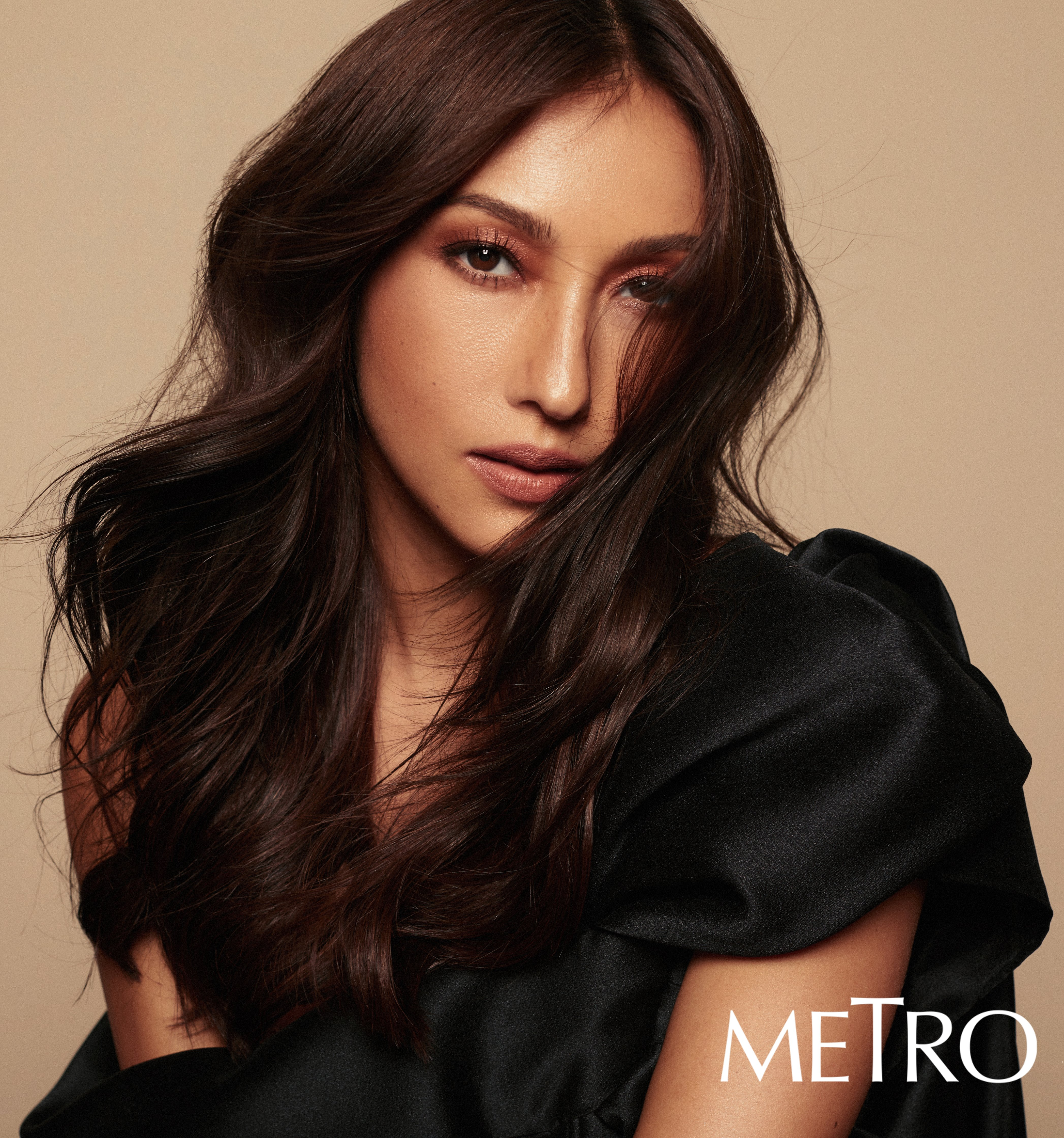 Solenn Heussaff on the digital cover of Metro.Style for Metro's 30th anniversary.
