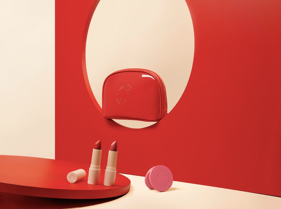 On Duty kit has a playful take on a red lip number.