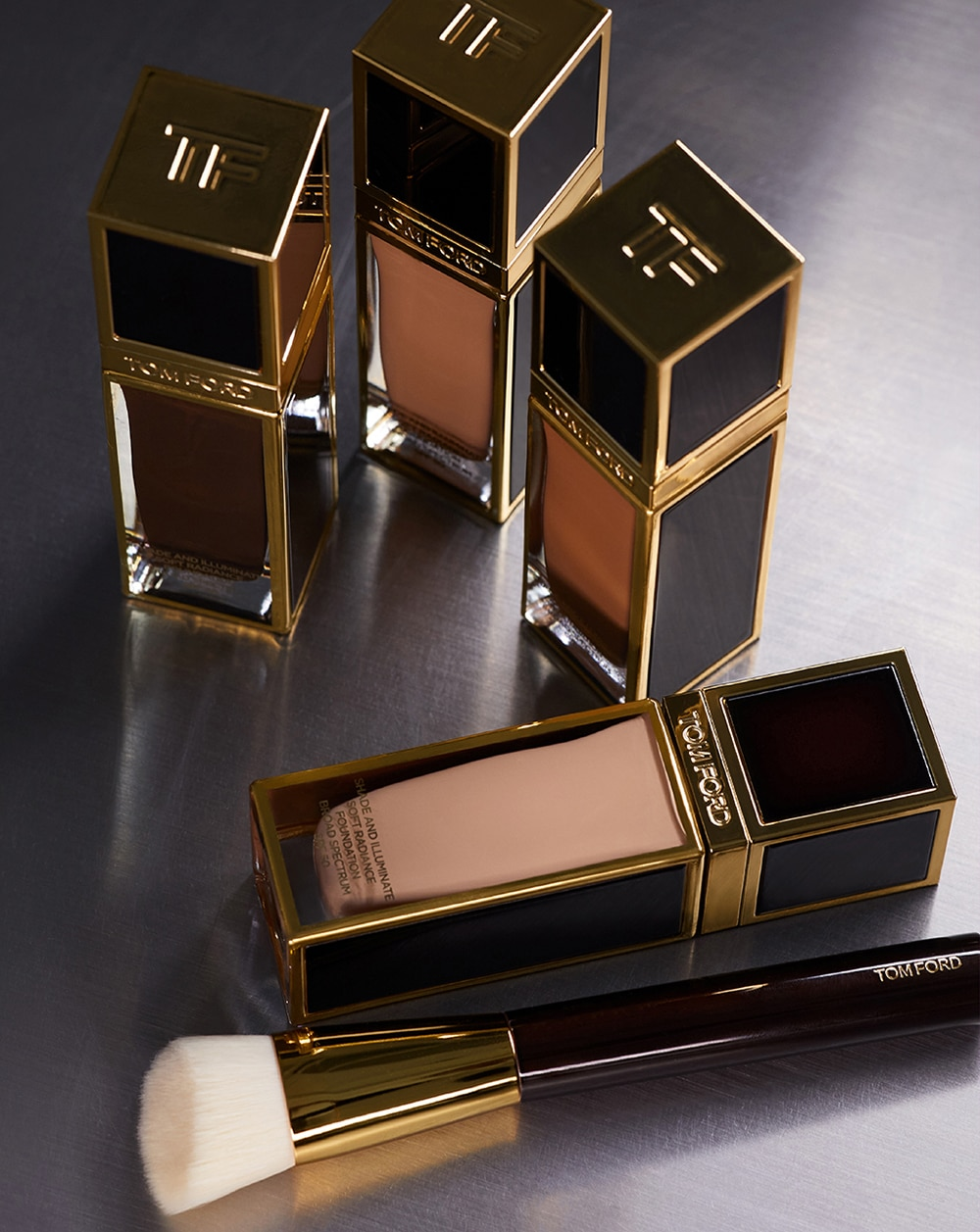 Editor S Pick Of The Day Tom Ford Shade And Illuminate Soft Radiance Foundation Metro Style