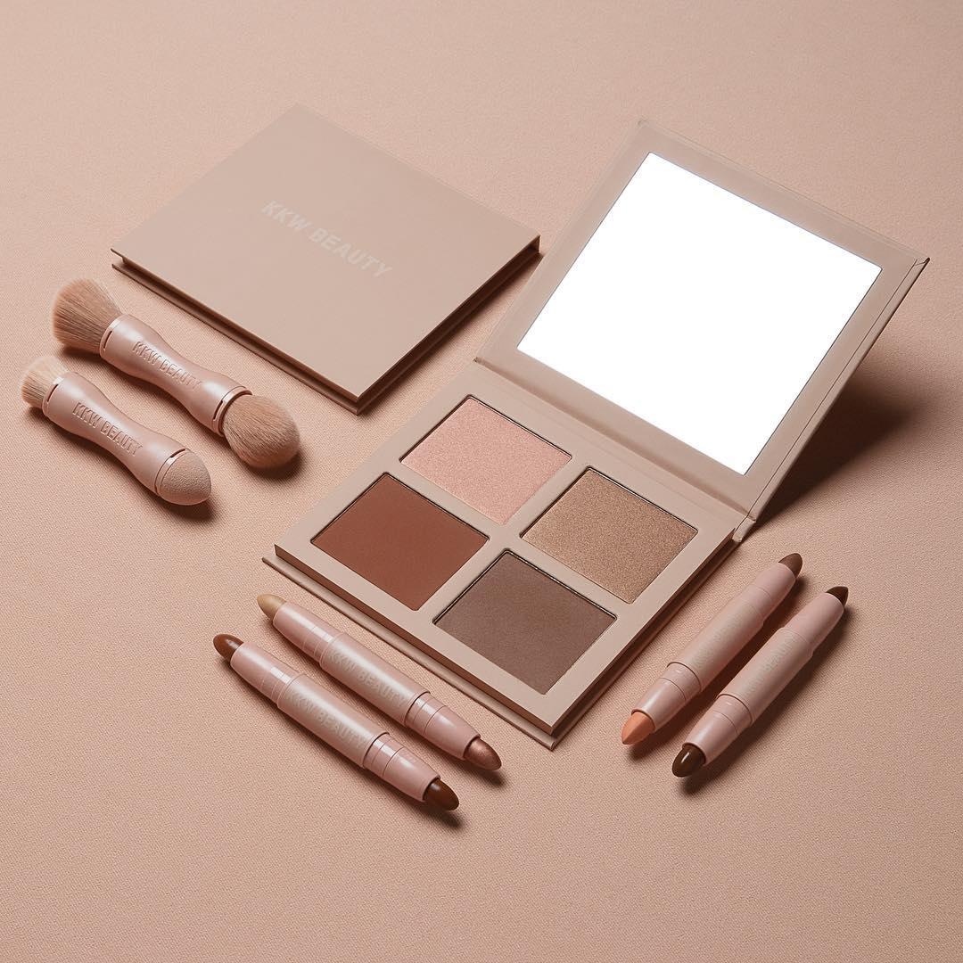 The KKW Beauty Contour Kit