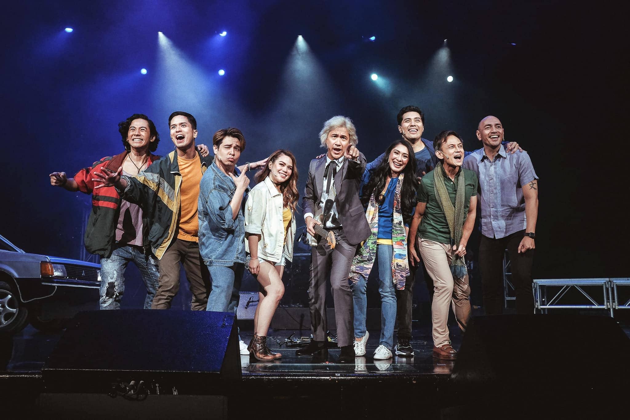 Buendia with the cast of 'Ang Huling El Bimbo'
