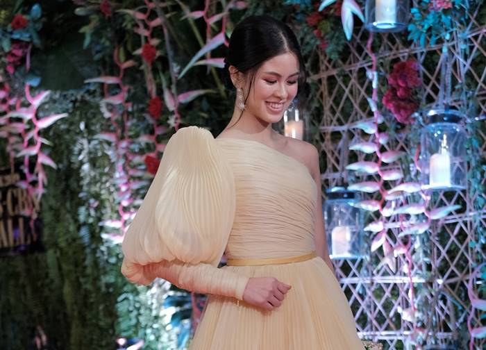 Fashion designer Jot Losa gives her take on the ABS-CBN Ball 2019's modern Filipiniana dress code